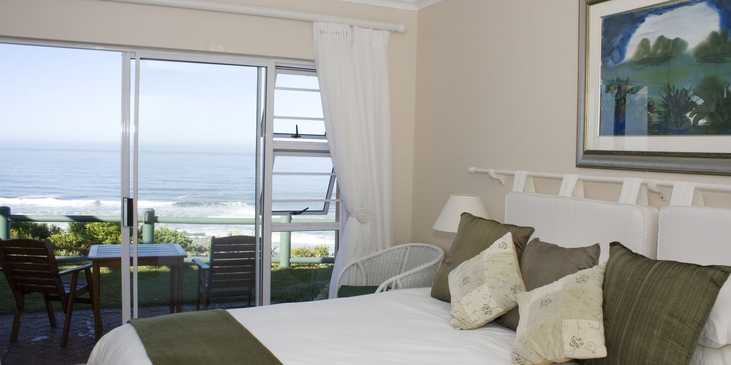 Room at Mes Amis in Wilderness overlooking the Indian Ocean. Lie in your bed and experience the sights and smells of the Indian Ocean.